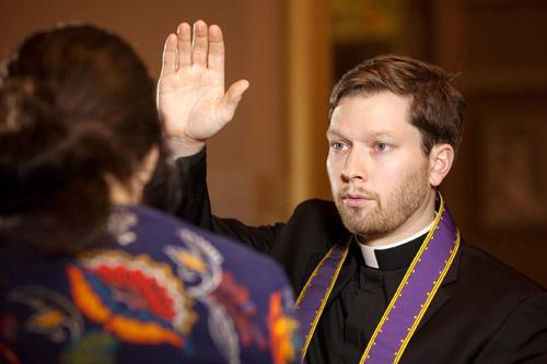Priests encourage Lenten faithful: 'Come as you are ...