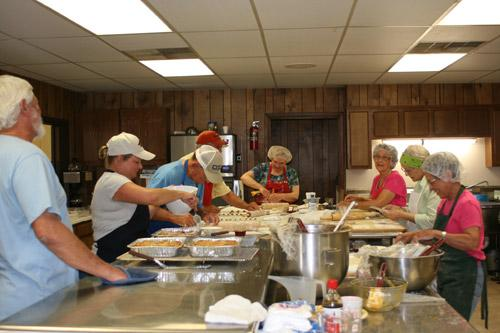 The Slovak Bakers talked, laughed and baked cinnamon rolls and kolaches on May 28. (Aprille Hanson photo)
