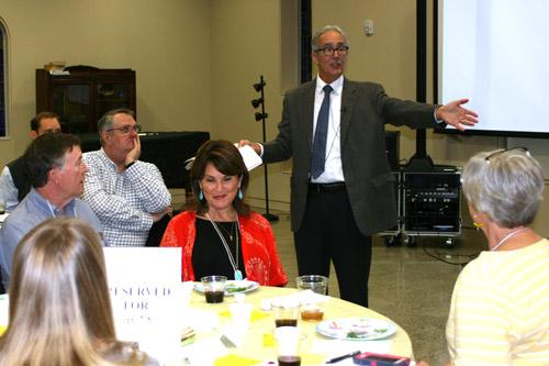 Rabbi Richard Chapin explained how the Seder meal is meant to teach Jewish children about the Exodus from Egypt. (Aprille Hanson photo)