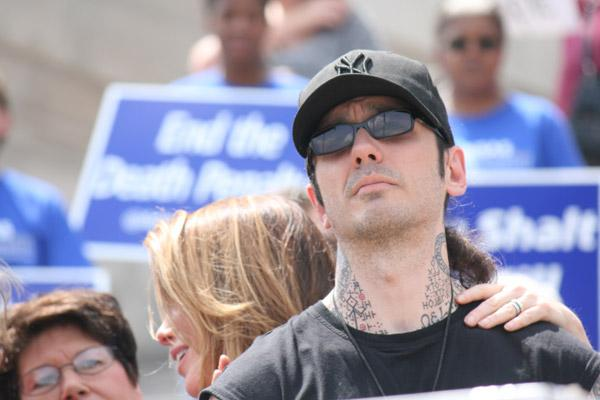 Damien Echols, who was on Arkansas' death row for 18 years after he was accused of killing three young boys in West Memphis, was accompanied at the execution protest rally by his wife Lorri Davis. (Malea Hargett photo)