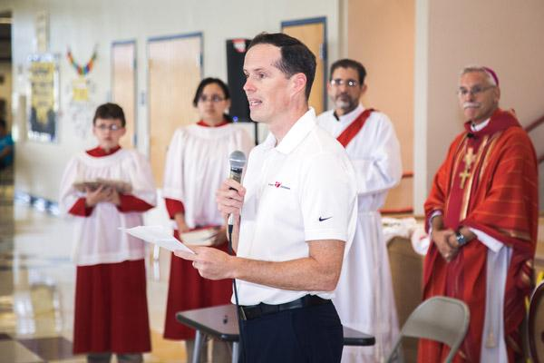 Dr. Tim Muldoon, director of mission education for Catholic Extension Society in Chicago, which serves mission dioceses, speaks to the congregation. (Travis McAfee photo)