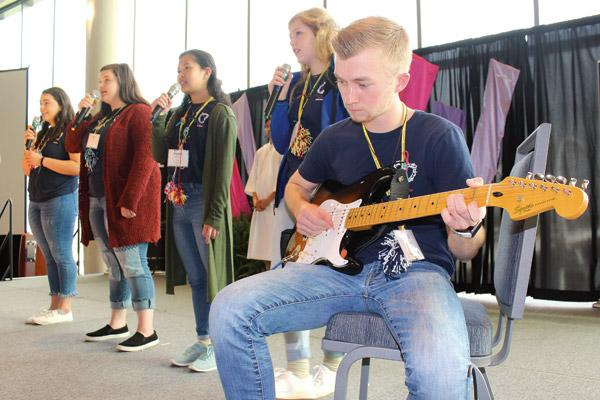 "Led by the peer Youth Advisory Team, the state Catholic Youth Ministry convention April 5-7 in Little Rock hosted more than 400 Catholic youth from around the state to sing, pray and, in the words of Bishop Anthony B. Taylor, ""keep the church young."" (Dwain Hebda photo)"